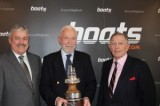 Sir Robin Knox-Johnston wins boats.com YJA Yachtsman of the Year Award